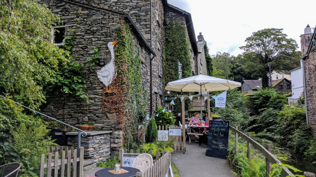 The Giggling Goose Cafe